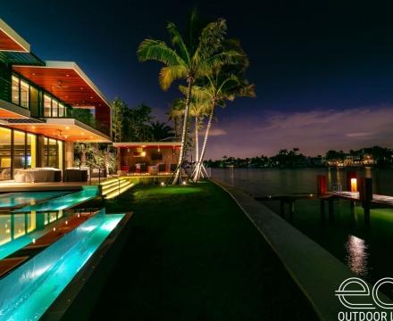 Palm Island 8