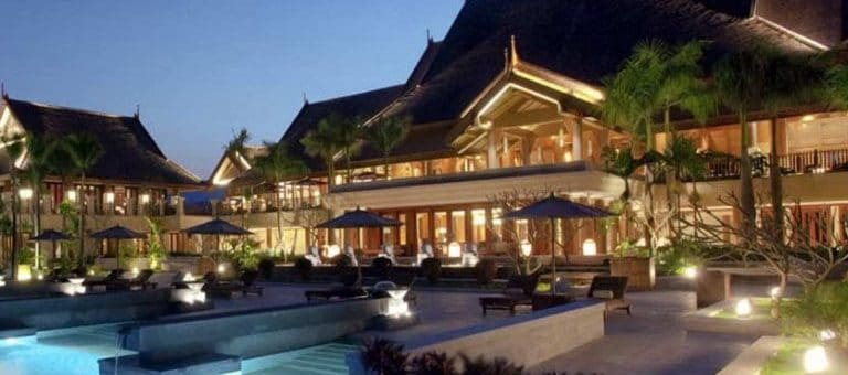 Stunning Exterior Lighting For Hotels, Resorts And Bed U0026 Breakfasts