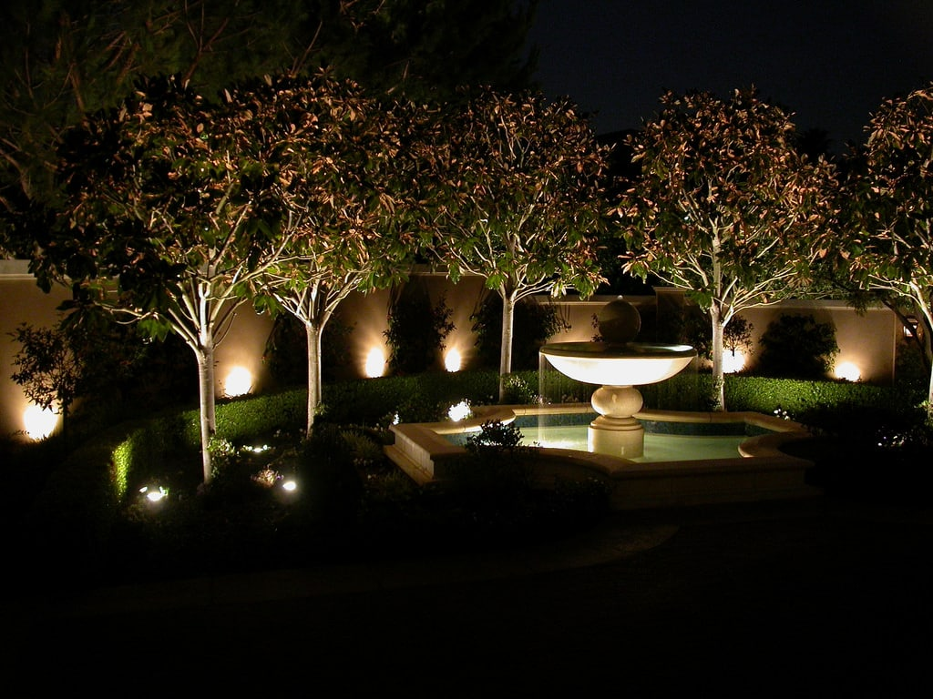 Landscape Lighting Design Why Outdoor Lighting In Miami